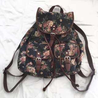 Kimchi Blue / Urban Outfitters Floral Backpack