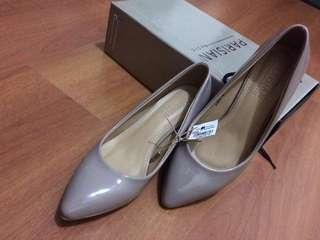 Parisian Ladies Shoewear