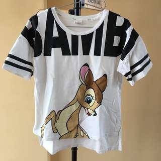 🚚 正版迪士尼授權 寬版小鹿斑比前短後長短袖字母上衣 Disney短袖上衣