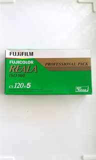 Expired 120 Film Fujicolour Reala IS0 100