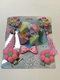 Flower hair clips set