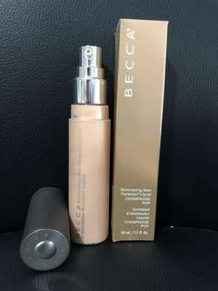Becca Skin Perfector Liquid Highlighter