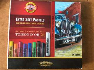Koh-i-Noor soft pastels and Lyra oil pastels