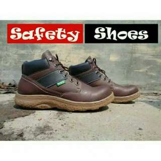 BARU Safety shoes/ Sepatu KICKERS cowo/ Sepatu Cewe/ Sepatu besi