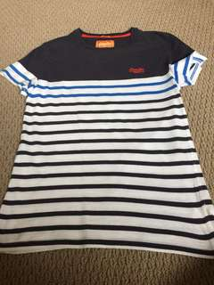 Superdry T-Shirt Small Size