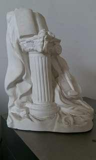 全石膏製羅馬柱大提琴及曲譜