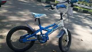 Sepeda second Wim Cycle Bazzoka 16