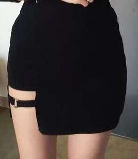 黑色半截裙Black skirt