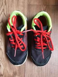 Reebok Training Shoes (Kid Size) - US 11