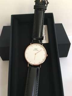 DW女裝黑色皮錶款32mm