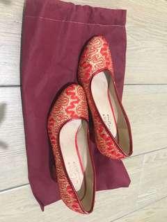 二手婚禮用品 ( 紅鞋)