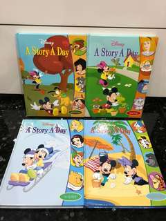 Grolier Disney Education English Children Story Books Set A (Good Condition)