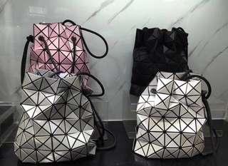 個性活潑輕巧的BAOBAO  夏天必選包包  原貨4xxx 現特價 $2150 100%原廠正品貨