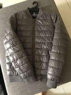 Ultra lightweight jacket