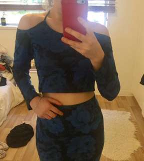 Motel top and skirt