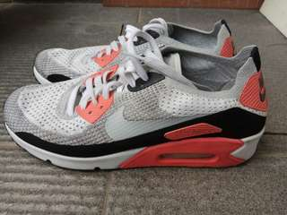 "Nike Air Max 90 ""Infrared 2010 Release"""