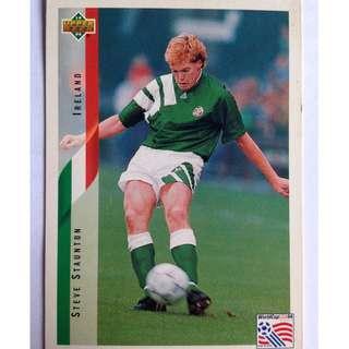 Steve Staunton (Ireland) Soccer Football Card #208 - 1994 Upper Deck World Cup USA '94