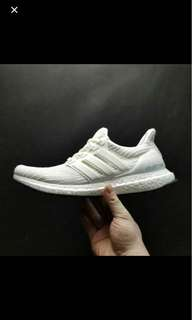 Adidas Ultra boost4.0 grey or white