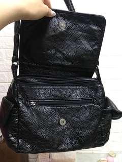 黑色斜咩袋