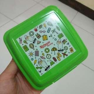 Wadah Makanan Hijau Richeese Kotak Bekal