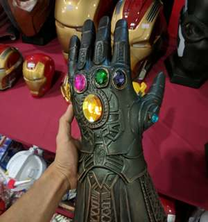 Infinity War Gauntlet Glove Thanos