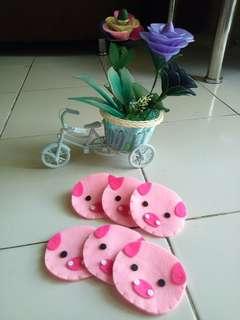 Angpao baby pig