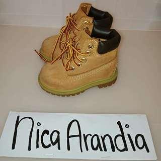 Authentic Timberland boots size 4