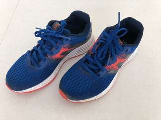 Under Armour Boys Sports Shoes
