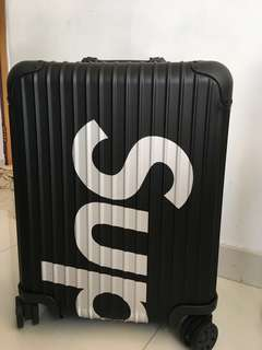 Supreme rimowa 45l black