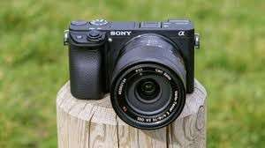 Sony Alpha A6300 Body Only + E PZ 18-105mm f4 G OSS Kredit dan Cash