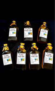 Pure,Organic and Unprocessed Honey