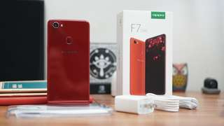 OPPO F7 super full screen bisa cash dan kredit !