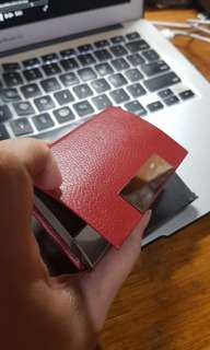 Calling card holder/ID holder (available in black and red)