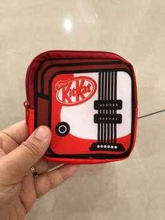 KitKat Pouch