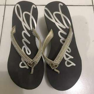 Guess wedges original size 5