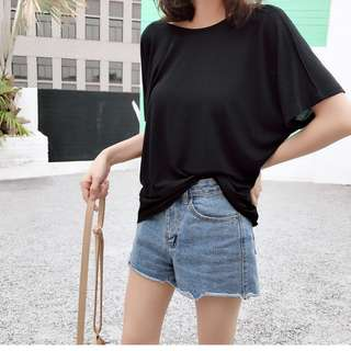 Loose solid color T-shirt