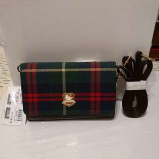 Hello Kitty x Reborn Japan 小手袋,sale in 🇯🇵 only,後面有透明專放電話格