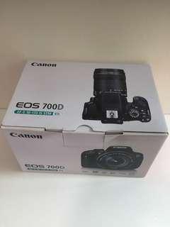 Canon 700d box