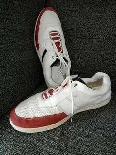 Sepatu clark size 43=10 made in vietnam