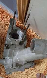 Vespa crankcase puller number 4