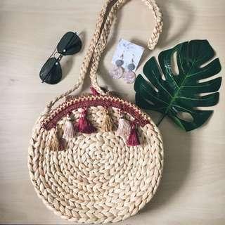 Moon straw sling bag