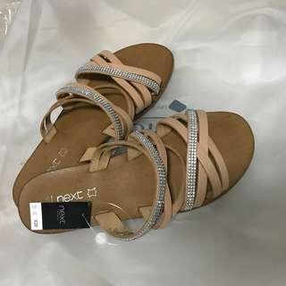 BRAND NEW: Cream Sandals
