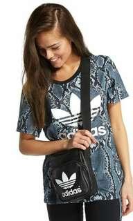 🎒Adidas Classic Mini Shoulder Bag