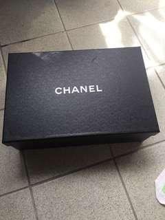 Chanel 盒 高10 長30cm