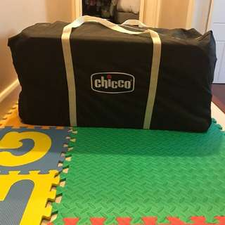 REPRICED!!!!!!!!Chicco Pack n play play yard (playpen)