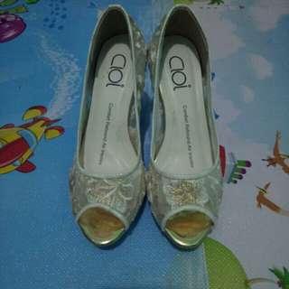 Cloi high heels brokat
