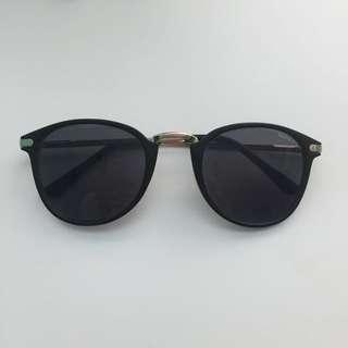 MINKPINK shades (black)