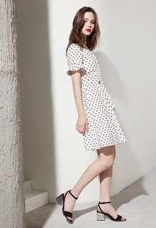 🚚 OshareGirl 05 歐美復古波點V領高腰綁帶荷葉袖連身裙