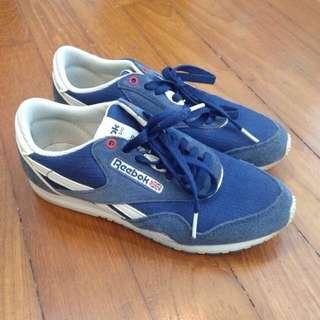 🚚 eu36/uk3 Reebok Classic Nylon Sneakers (blue)