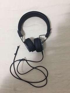 Urban ears Headphones